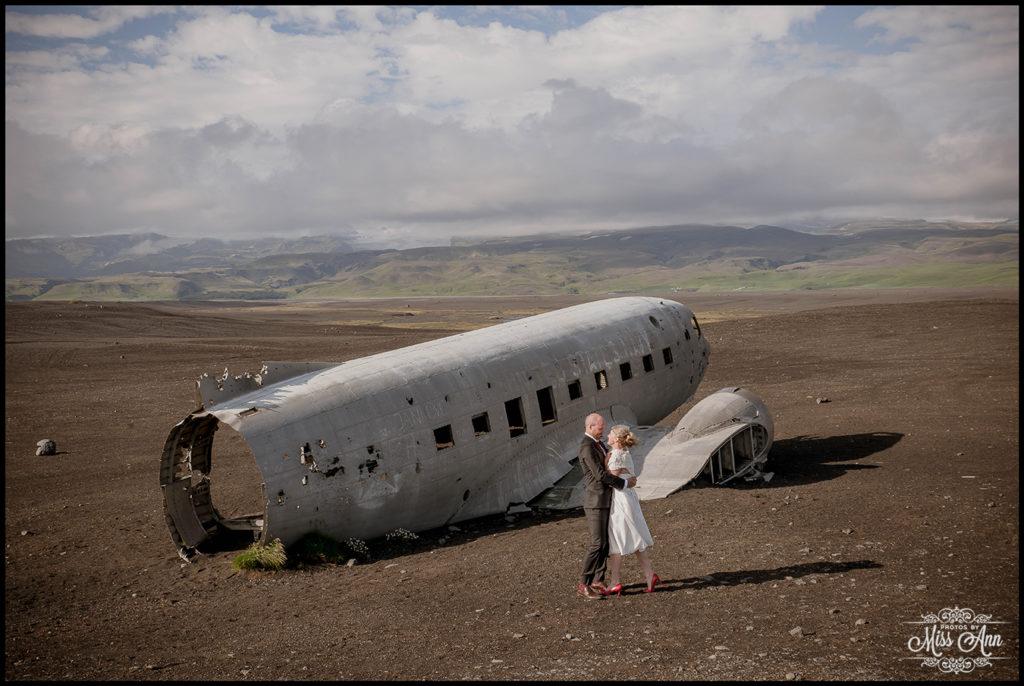 Iceland Crashed Airplane Wedding Photos Iceland Wedding