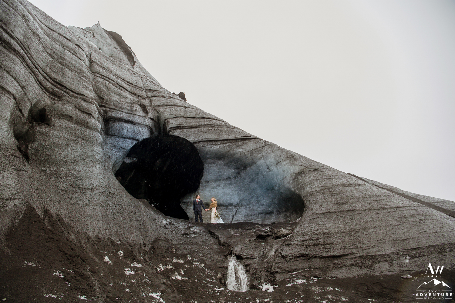 Adventurous elopement in Iceland inside of an Ice Cave