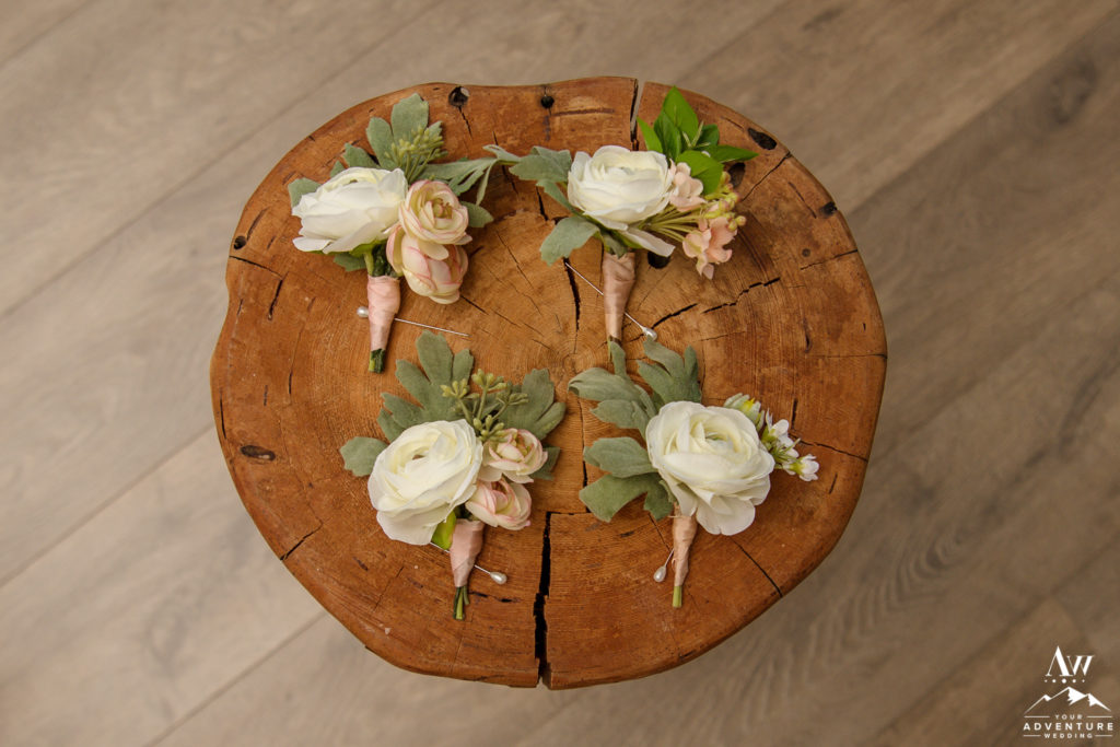 Iceland wedding buttonholes from Southern Girls Weddings