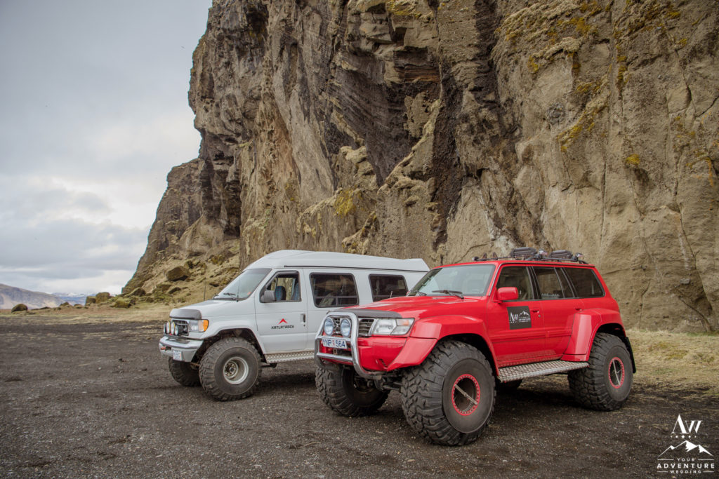 Iceland Wedding Planner Red Super Jeep