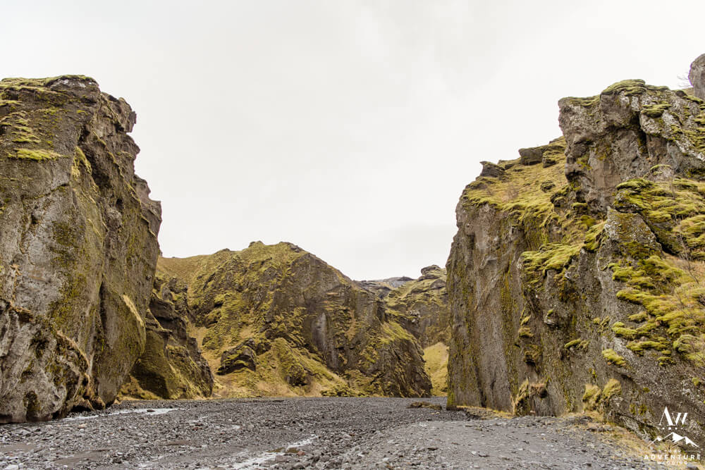 Entrance into the Stakkholtsgjá Hike