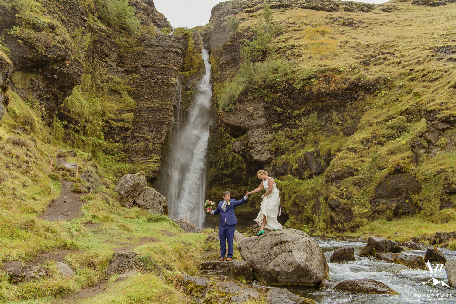 iceland-adventure-wedding-photos-iceland-wedding-planner