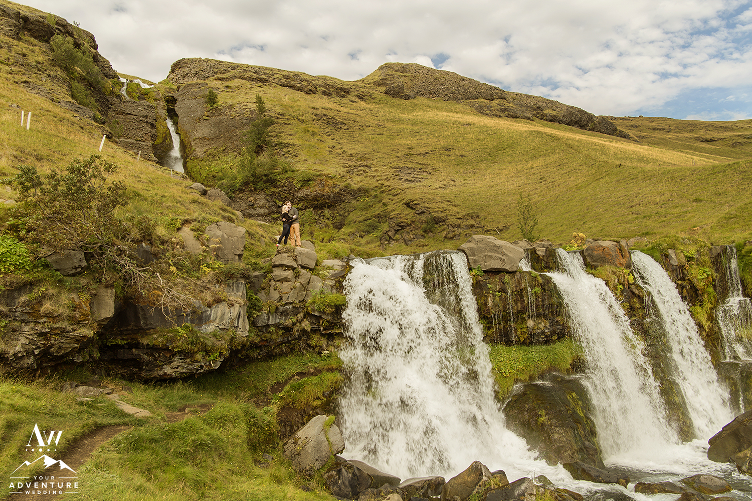 iceland-engagement-session-locations-iceland-pre-wedding-your-adventure-wedding