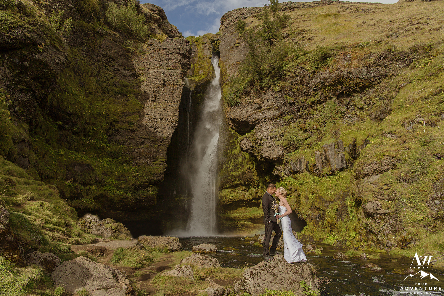 iceland-waterfall-wedding-your-adventure-wedding-4