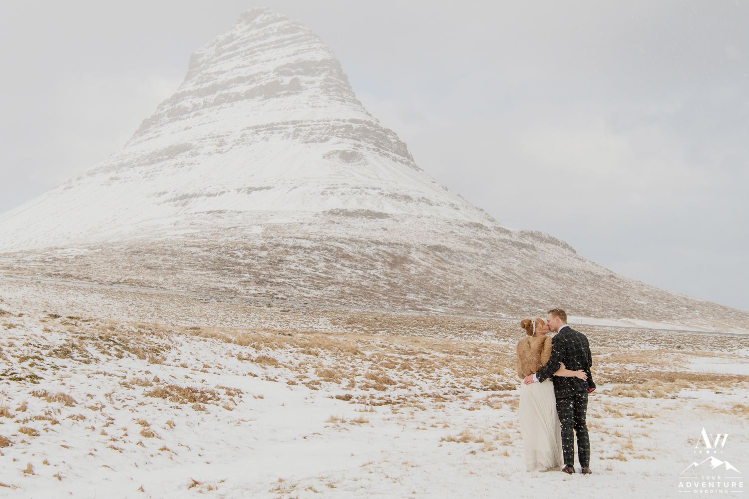 iceland wedding-kirkjufell mountain