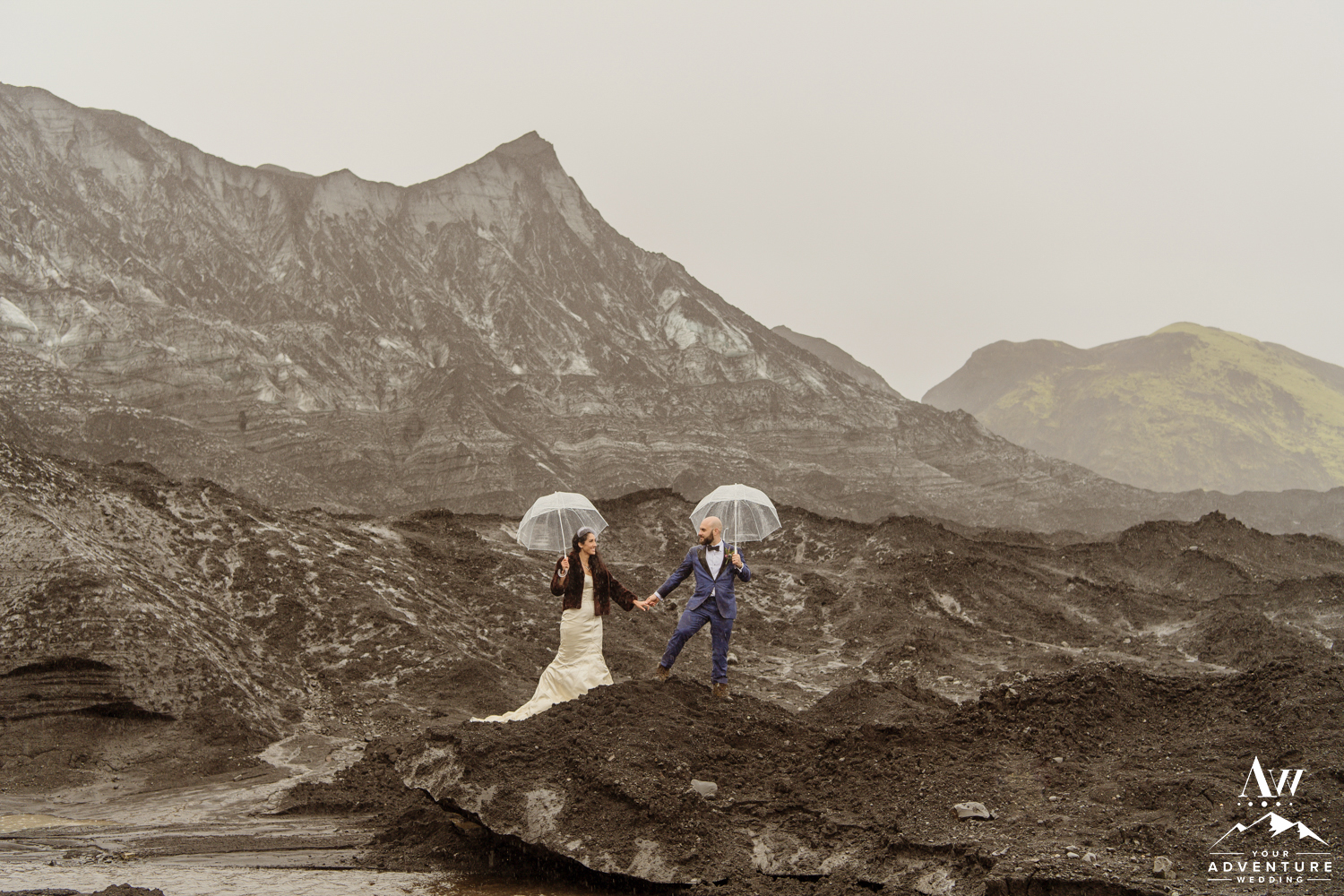 iceland-wedding-photography-glacier-wedding-your-adventure-wedding