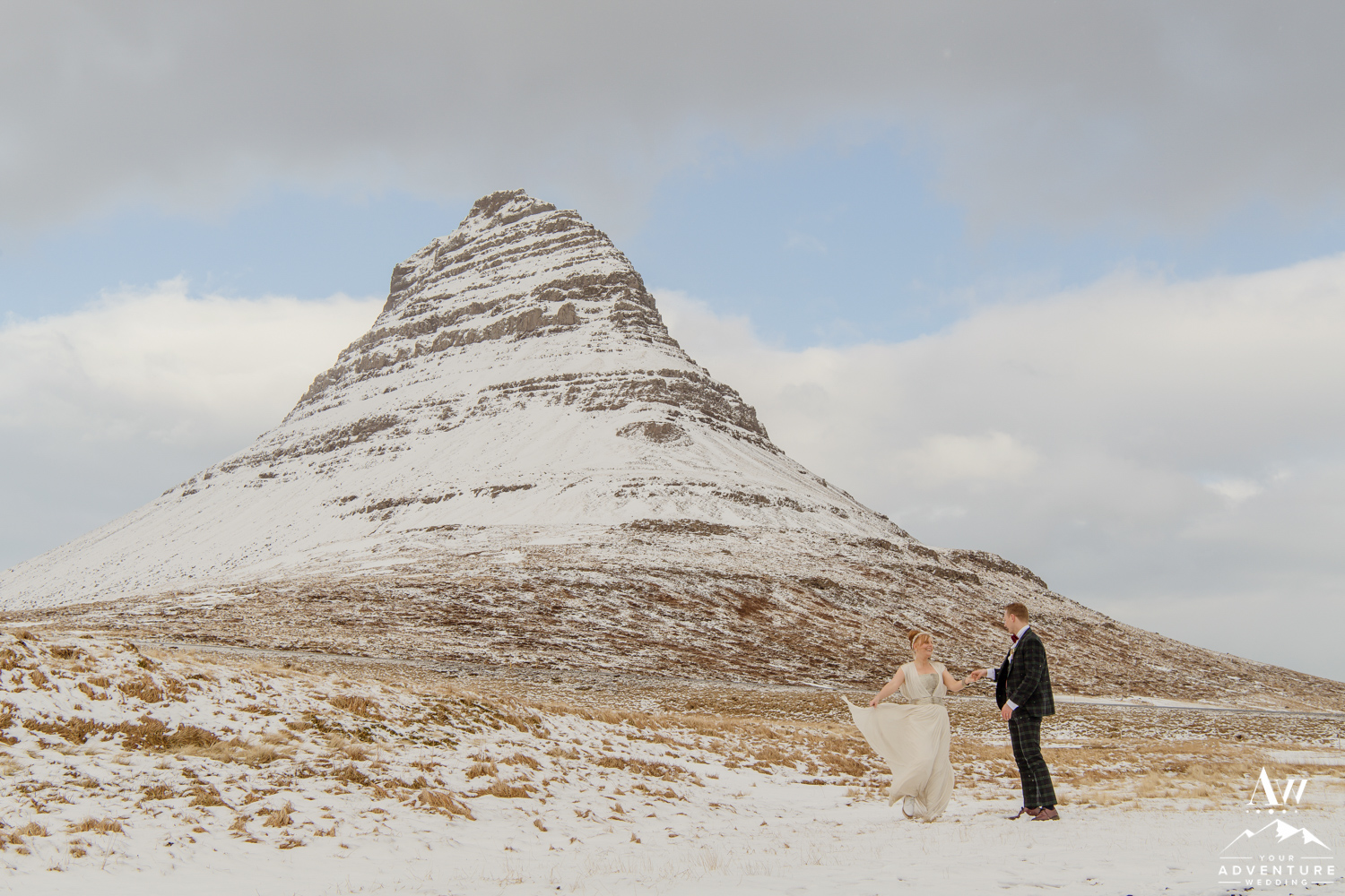 kirkjufell mountain wedding-iceland wedding planner