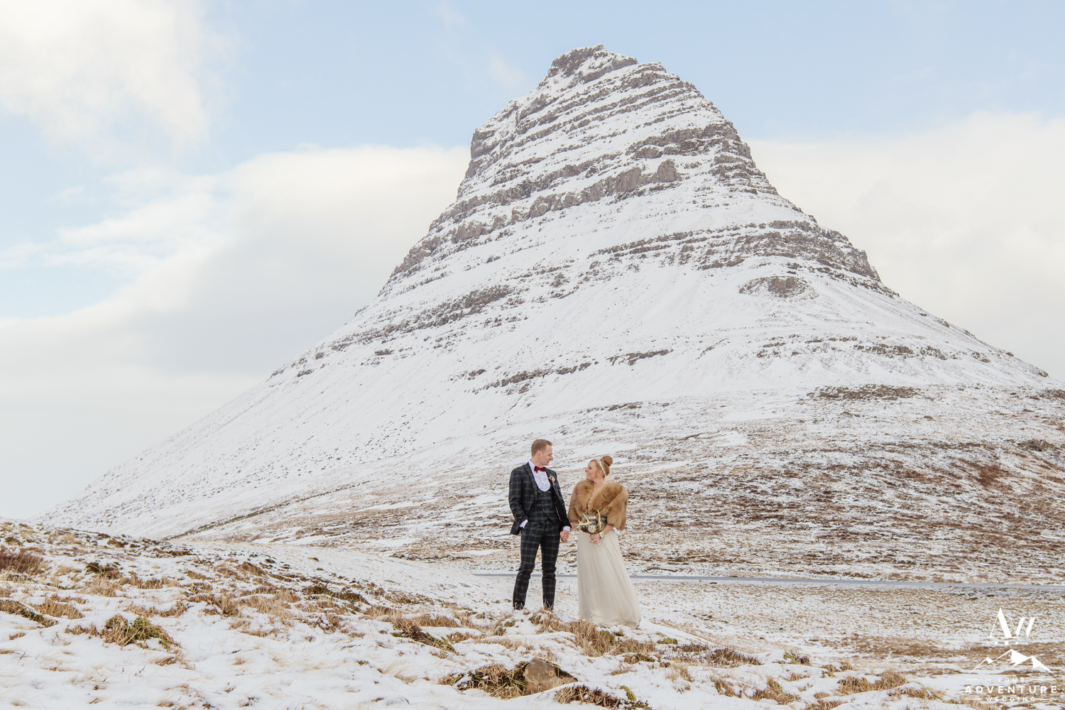 Kirkjufell Mountain Wedding-Iceland