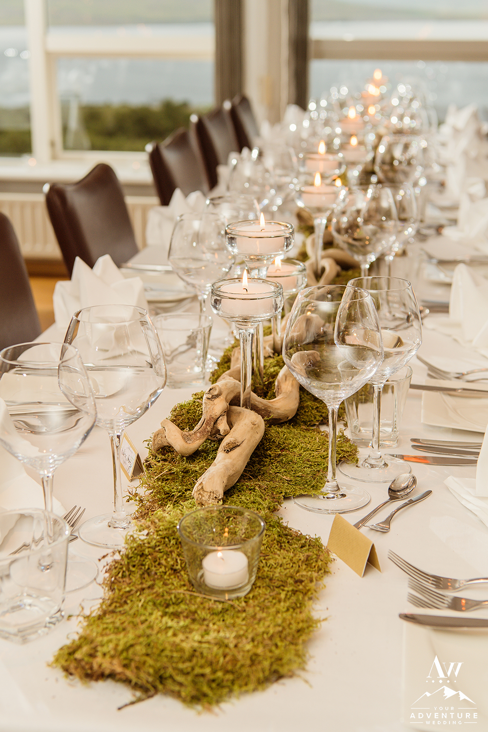 moss-sticks-and-candle-centerpiece-iceland-wedding-planner