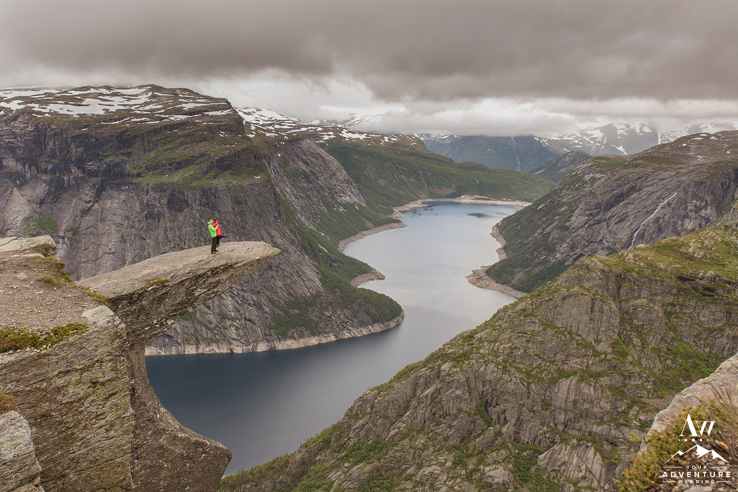 Norway Wedding Adventure Planner and Photographer - Trolltunga wedding