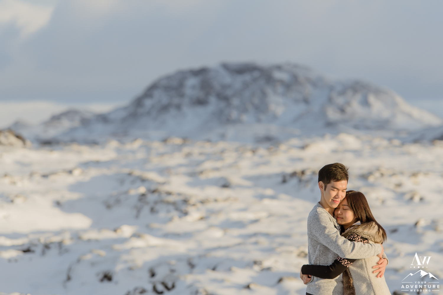surprise-marriage-proposal-in-iceland-11