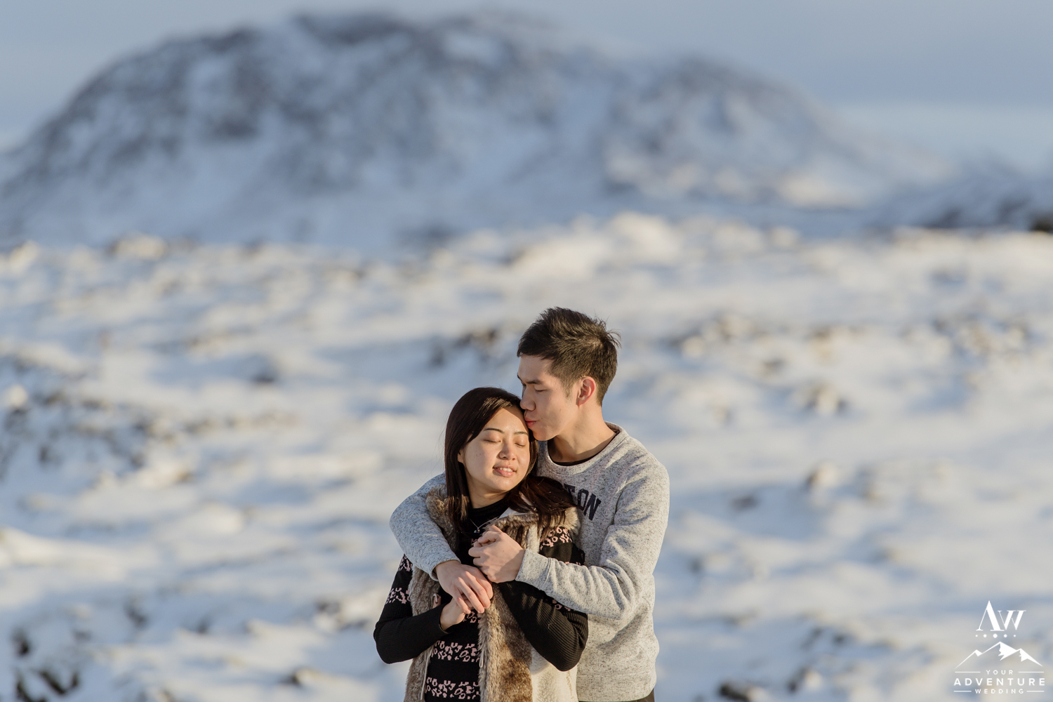 surprise-marriage-proposal-in-iceland-16