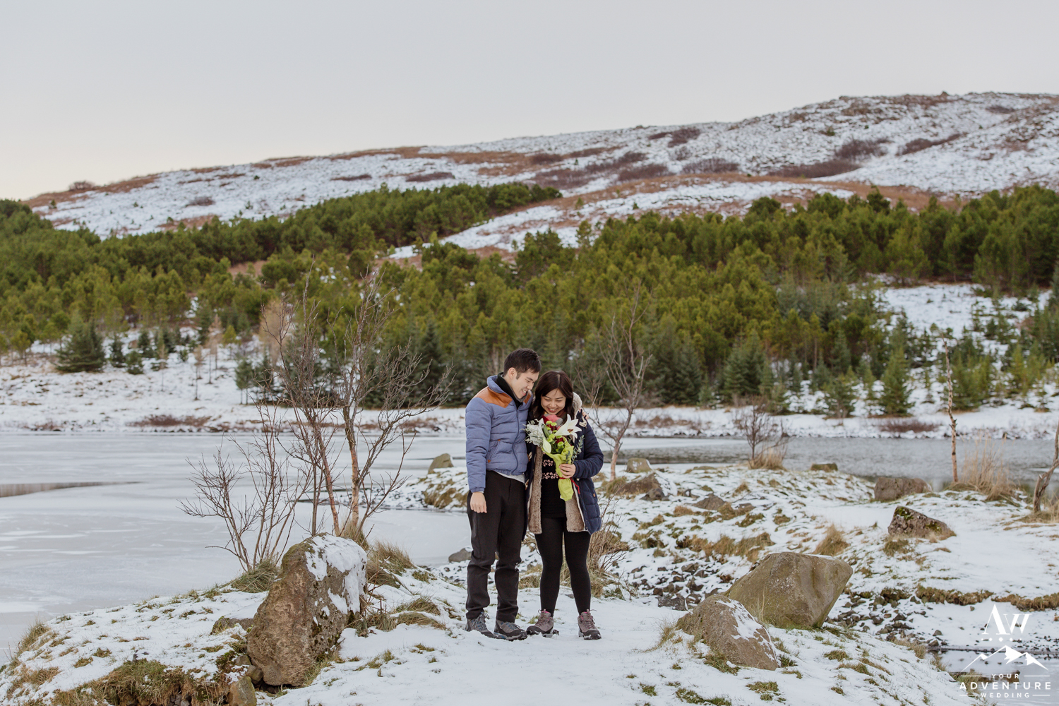 surprise-marriage-proposal-in-iceland-4